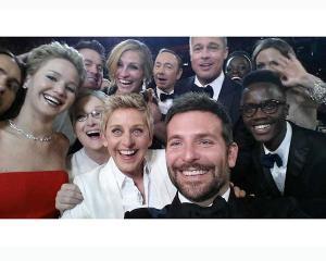 Un selfie de 20 de milioane de dolari sponsorizat de Samsung