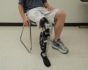 Un nou pas spre viitorul cyborg: picior artificial controlat de creier