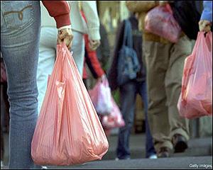 UE lanseaza razboiul contra pungilor de plastic