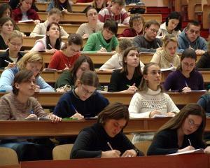 Doar 10% dintre studentii moldoveni sositi in Romania se intorc in Republica Moldova