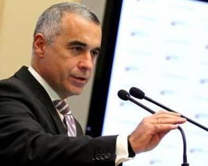 Calin Georgescu (CNDD): Nu ne confruntam cu o criza financiara. Omenirea se confrunta cu o criza uriasa de incredere in banci si politicieni