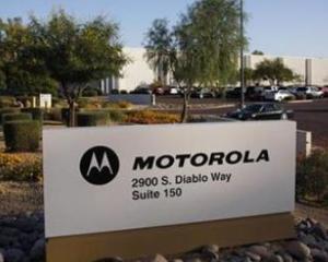 Google a preluat, de fapt, producatorul de telefoane mobile si marca Motorola pe GRATIS. Vezi cum