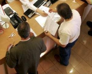 Cooper Pear intermediaza creditul pentru cumpararea de terenuri si creditul de nevoi personale garantat
