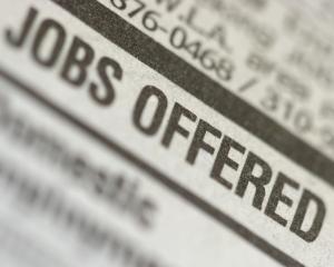 Studiu BestJobs.ro: Evolutia locurilor de munca in prima jumatate a anului 2011