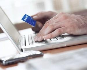 Tranzactiile online cu MasterCard si Maestro au crescut cu 92% la comerciantii romani