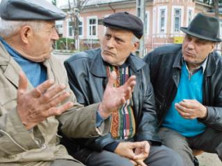 Guvernul: Pensionarii si revolutionarii vor achita contributii de sanatate