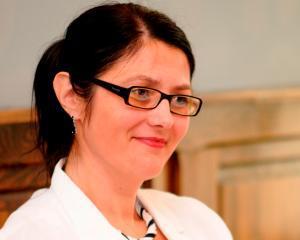 Duraziv isi propune o crestere de 75% pe divizia de vopsele in 2012