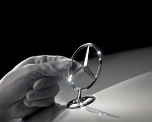 Mercedes X-Class va fi lansat in 2018, folosind platforma lui Renault Clio