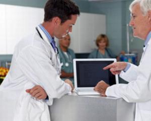 Aproape toti medicii de familie romani din orasele mari acceseaza internetul