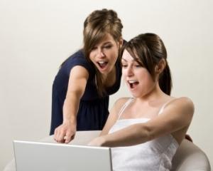 Studiu Ericsson: Popularitatea Facebook a schimbat din temelii dinamica relatiilor sentimentale ale tinerilor