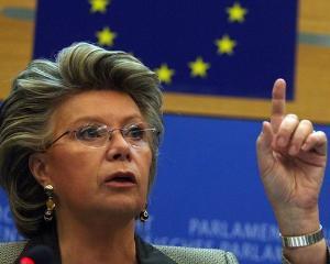 Viviane Reding, multumita de blocarea abaterilor din Romania