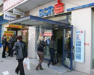 BCR BpL, profit triplu in primul semestru din 2012