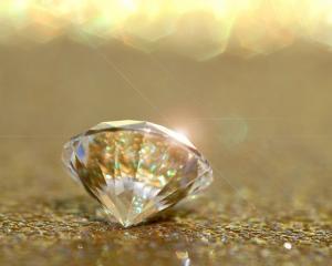 Idei de afaceri sinistre: Diamante din cenusa celor morti