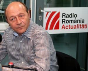 Basescu: Companii de stat vor fi lasate sa intre in faliment. Salariile taiate trebuie recompuse, apoi reducem taxele