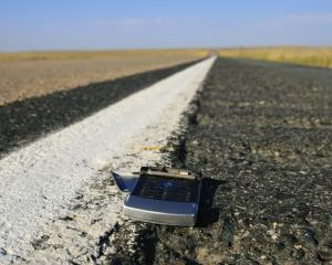 Telefoanele pierdute vor genera pierderi de 30 miliarde de dolari in 2012