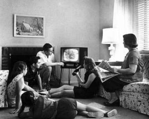 Audienta emisiunilor tv, influentata de Facebook