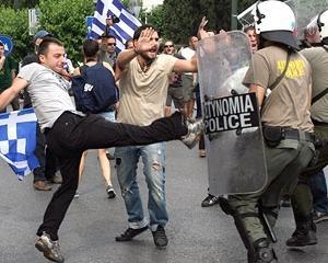Oleg Zolotco: Grecia va salva moneda euro