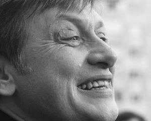 CRPE il contrazice pe Crin Antonescu: Leul s-ar fi apreciat daca nu exista criza politica