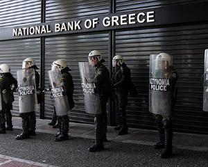 Bancile renunta la jumatate din datoria Greciei