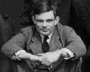 Povestea incredibila a eroului anonim Alan Turing. Petitie pentru aparitia imaginii sale pe bancnota de 10 lire