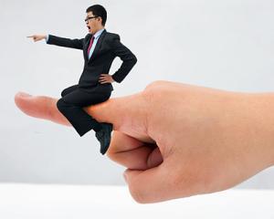 Se schimba legislatia corporatista: sefi profesionisti, numiti in noua luni