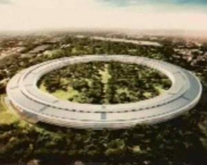 Steve Jobs construieste o nava spatiala gigant in California