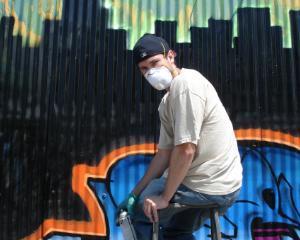 17 graffiti-uri publicitare din toata lumea