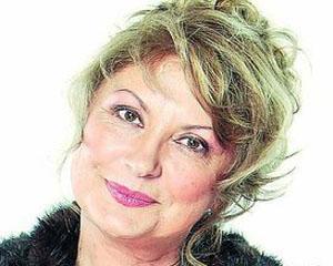 """Gala Premiilor  VIP si un """"Premiu pentru eleganta"""", oferit actritei Tora Vasilescu"""