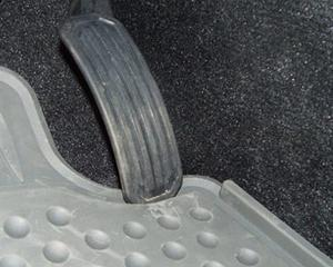 Blestemul pedalei la Toyota: Compania recheama alte 2 milioane de masini pentru reparatii