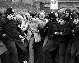 Britanicii traiesc din nou cosmarul din anii '70