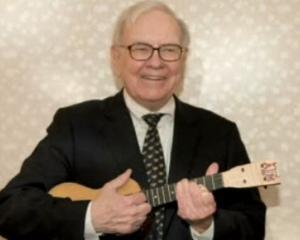10 lucruri interesante despre miliardarul Warren Edward Buffett, care a implinit ieri 81 de ani