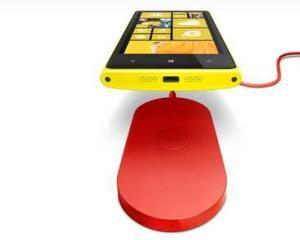 Noile smartphone-uri Nokia, Lumia 920 si Lumia 820, se vor incarca wireless