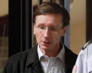 Rasputin din Franta: A spalat creierele membrilor unei familii, usurandu-i de 4,5 milioane de euro