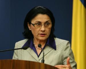 Andronescu spera ca profesorii care au luat sub cinci sa nu profeseze
