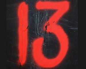 Marti 13, pisica neagra de petrol, democratia automobilului si dictatura resurselor