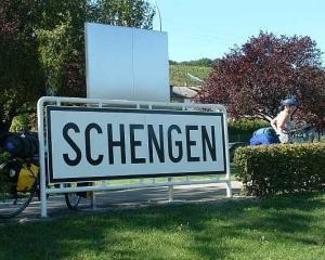 Parlamentul European a dat aviz favorabil pentru aderarea Romaniei si Bulgariei la Schengen