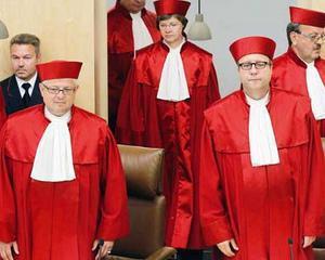 Curtea Constitutionala a Germaniei decide miercuri soarta monedei euro
