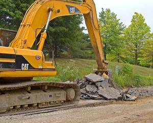 Consiliul Concurentei a sanctionat 25 de constructori de drumuri si autostrazi
