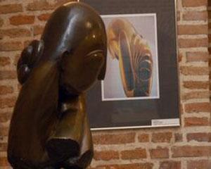 Constantin Brancusi si Richard Serra, perfectiunea unei simbioze artistice la expozitia din Elvetia