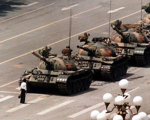 Pregatesc elitele din China o revolutie?