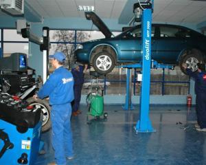 ANALIZA: Cinci intrebari de baza pentru vizita in service-ul auto