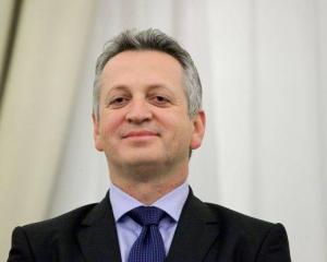 CFR Marfa si TAROM se privatizeaza in jumatate de an, incepand cu luna februarie