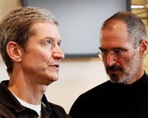 Tim Cook, CEO-ul Apple: Nu incerc sa devin urmatorul STEVE JOBS