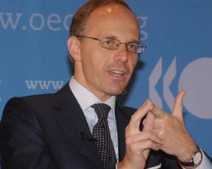 Ministrul de finante din Luxemburg: Grecia trebuie sa aleaga intre reforme si iesirea din zona euro