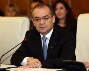 Premierul Emil Boc: Cautam solutii ca firmele sa plateasca mai intai principalul unei datorii si apoi penalitati