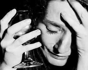 Veniturile reduse, asociate cu depresia, anxietatea si drogurile