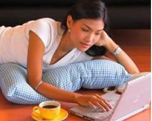 Cum sa lucrezi de acasa fara sa-ti pierzi mintile (sau jobul)