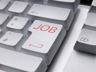 Ai nevoie de un job? Este un moment bun sa aplici chiar acum online