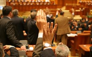 Guvernul Dancila primeste votul de investitura