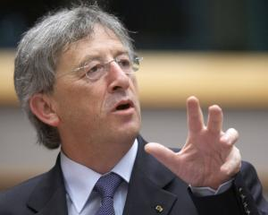 Jean-Claude Juncker: Nu voi accepta niciodata existenta a doua grupuri in Zona Euro. Europa nu este condusa de doamna Merkel